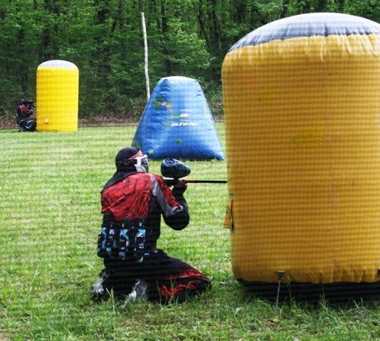 Jouez sur une véritable terrain de paintball de compétition en dordogne